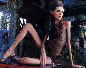 images1279317_anorexic-fake-skinny-model-colette-perfect